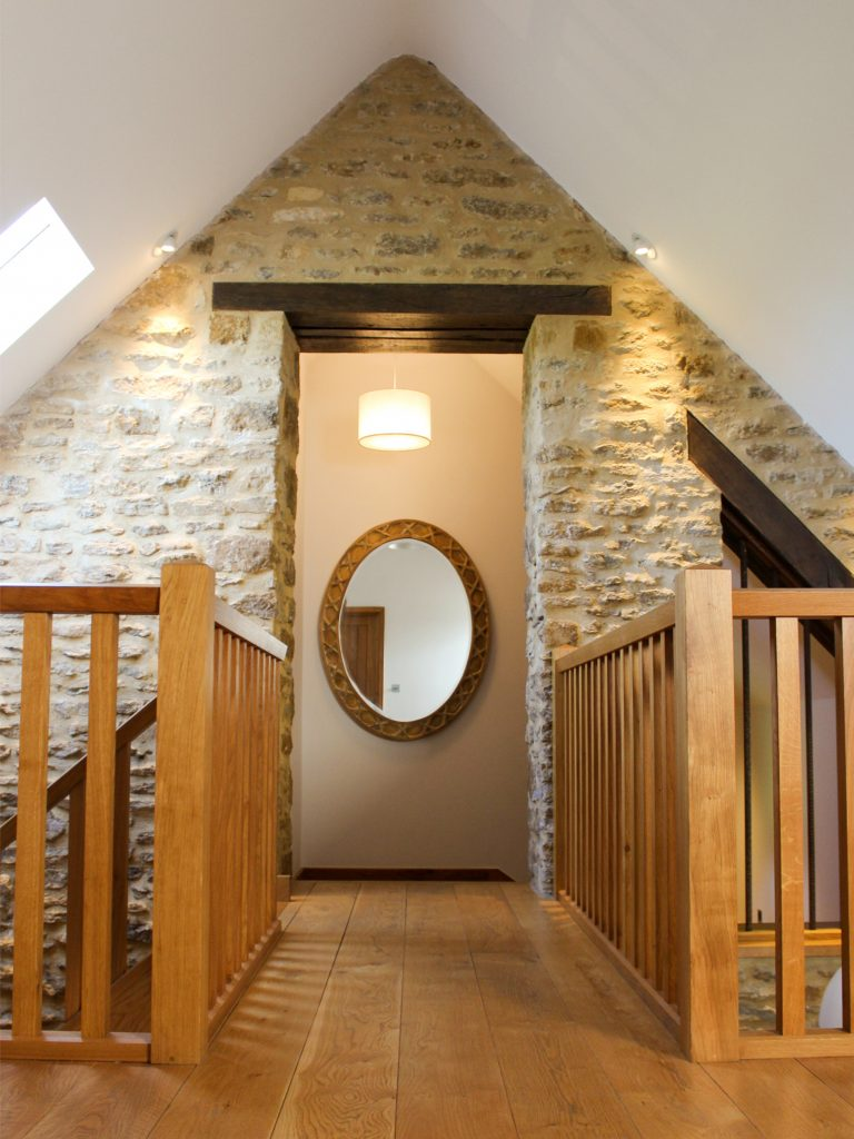Luxury in the Cotswolds - The Cart Shed 3